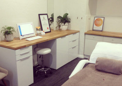 Cosmetic-Acupuncture-Kew-East-Clinic